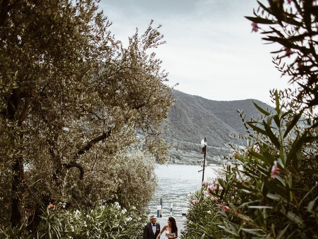Il matrimonio di Tiberio e Laura a Monte Isola, Brescia 29