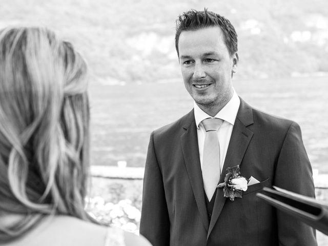 Il matrimonio di Til e Elena a Laglio, Como 34