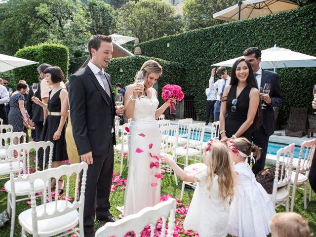Il matrimonio di Til e Elena a Laglio, Como 41
