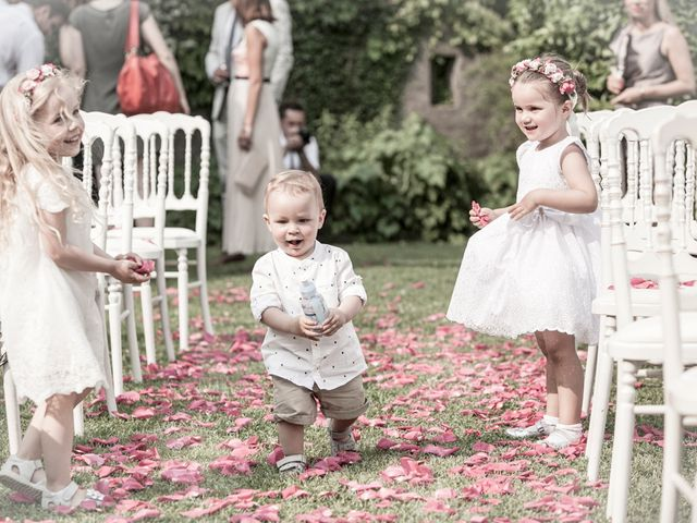 Il matrimonio di Til e Elena a Laglio, Como 43