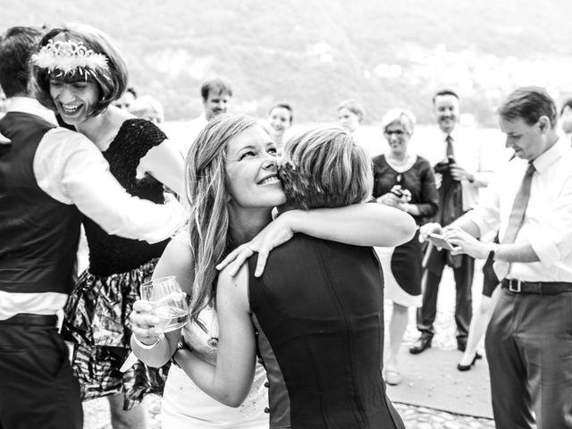 Il matrimonio di Til e Elena a Laglio, Como 56