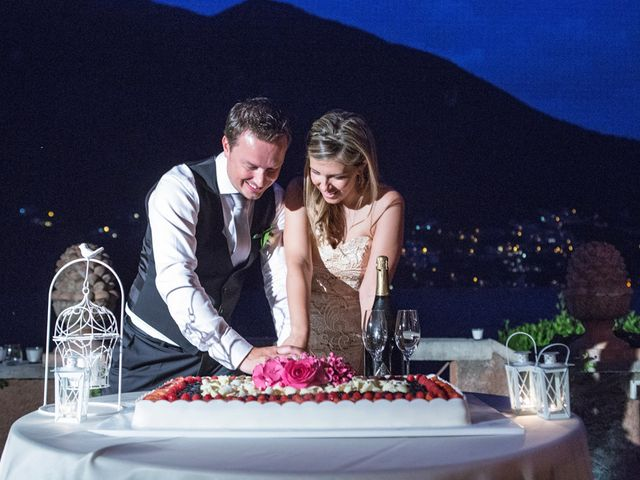 Il matrimonio di Til e Elena a Laglio, Como 67