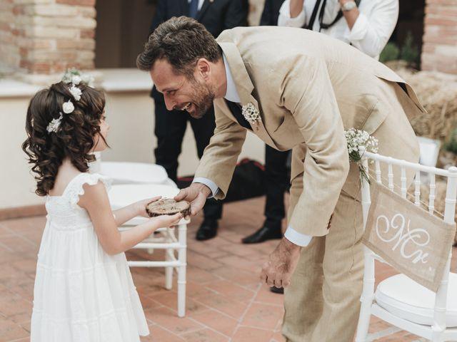 Il matrimonio di Fabio e Annaluce a Collecorvino, Pescara 22