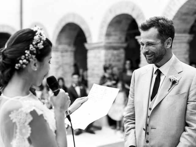 Il matrimonio di Fabio e Annaluce a Collecorvino, Pescara 27