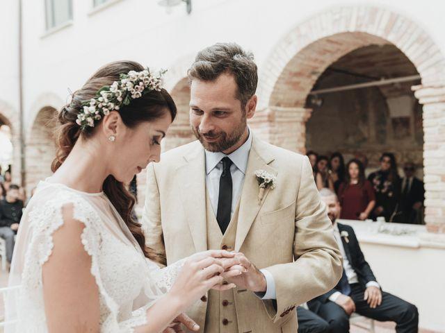 Il matrimonio di Fabio e Annaluce a Collecorvino, Pescara 28