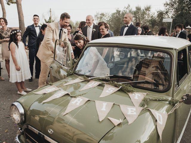 Il matrimonio di Fabio e Annaluce a Collecorvino, Pescara 32