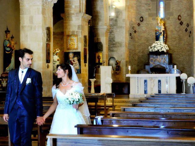 Il matrimonio di Emanuele e Angelica a Pisticci, Matera 15