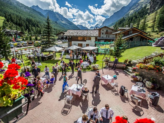 Il matrimonio di Roberto e Silvia a Introd, Aosta 7