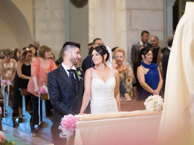 Il matrimonio di Davide e Francesca a Tocco da Casauria, Pescara 14