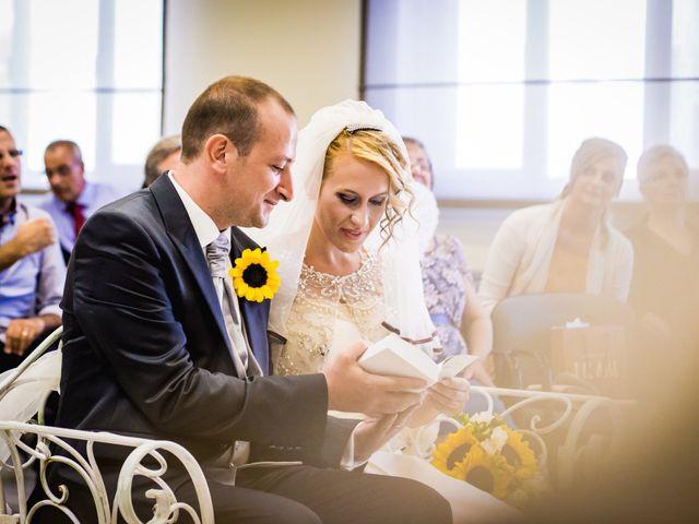 Il matrimonio di Ivan e Gabriella a Chivasso, Torino 16