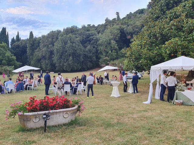 Il matrimonio di Giacomo e Gaia a Viareggio, Lucca 5