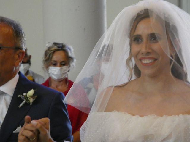 Il matrimonio di Giacomo e Gaia a Viareggio, Lucca 14