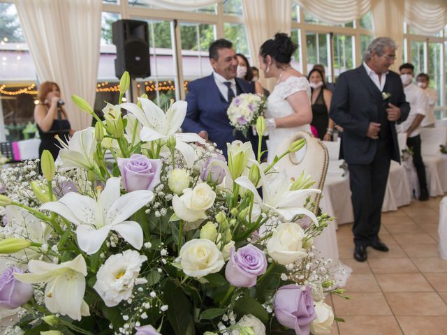 Il matrimonio di Maurizio e Viviana a Ceriano Laghetto, Monza e Brianza 2