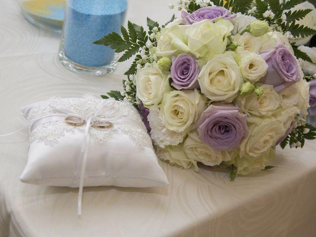 Il matrimonio di Maurizio e Viviana a Ceriano Laghetto, Monza e Brianza 5