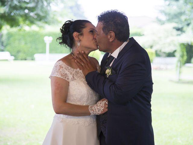 Il matrimonio di Maurizio e Viviana a Ceriano Laghetto, Monza e Brianza 9