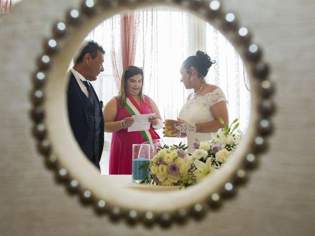 Il matrimonio di Maurizio e Viviana a Ceriano Laghetto, Monza e Brianza 19