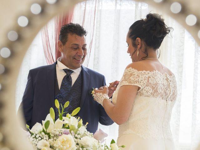 Il matrimonio di Maurizio e Viviana a Ceriano Laghetto, Monza e Brianza 23