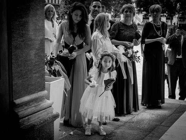 Il matrimonio di Simone e Sara a Legnano, Milano 30