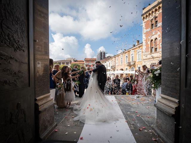 Il matrimonio di Simone e Sara a Legnano, Milano 33