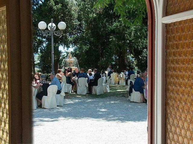 Il matrimonio di Marco e Ilaria a Tolentino, Macerata 16