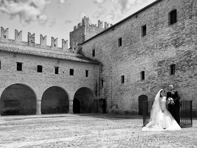Il matrimonio di Marco e Ilaria a Tolentino, Macerata 20