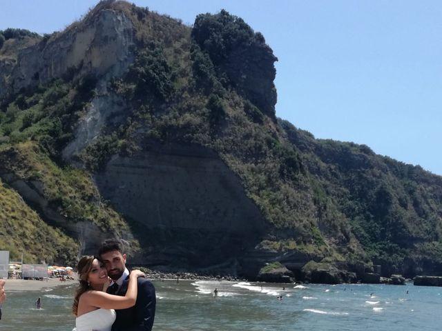 Il matrimonio di Valerio  e Raffaella a Napoli, Napoli 3