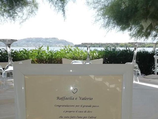 Il matrimonio di Valerio  e Raffaella a Napoli, Napoli 7