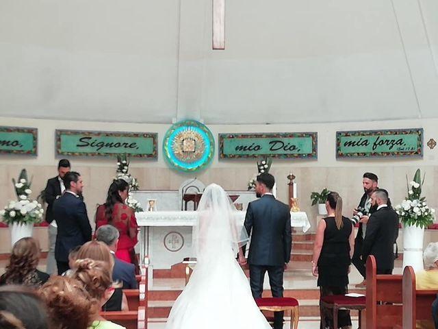 Il matrimonio di Valerio  e Raffaella a Napoli, Napoli 11