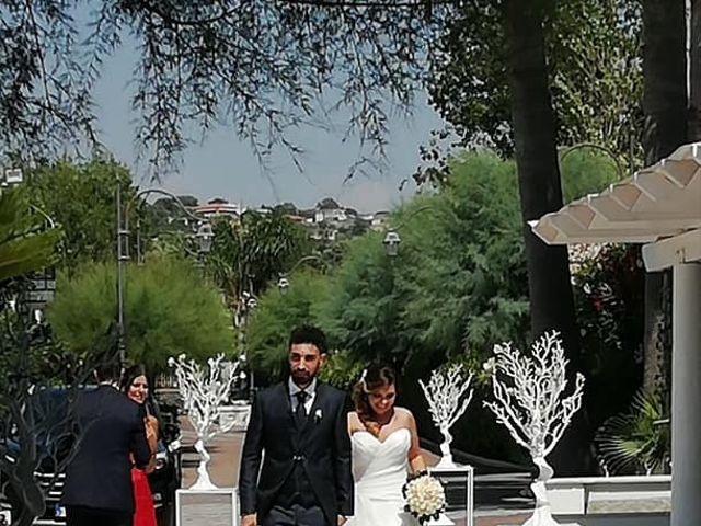 Il matrimonio di Valerio  e Raffaella a Napoli, Napoli 13