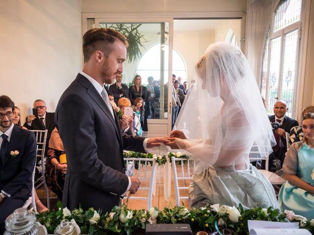 Il matrimonio di Mitchell e Chiara a Albavilla, Como 19