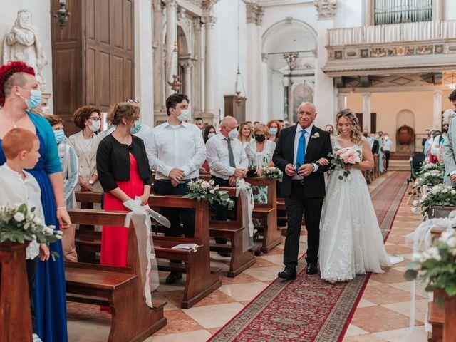 Il matrimonio di Giulia e Nicola a Quinto Vicentino, Vicenza 20