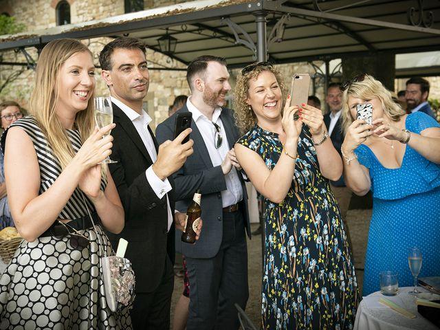 Il matrimonio di Matt e Sarah a Greve in Chianti, Firenze 24