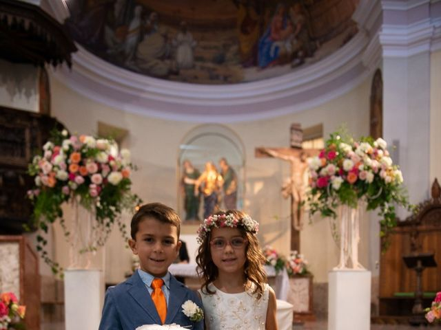 Il matrimonio di Stefano e Stefania a Besozzo, Varese 17
