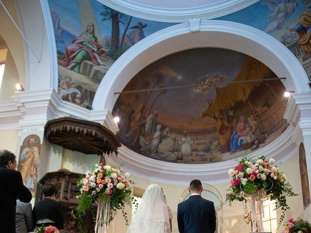 Il matrimonio di Stefano e Stefania a Besozzo, Varese 24