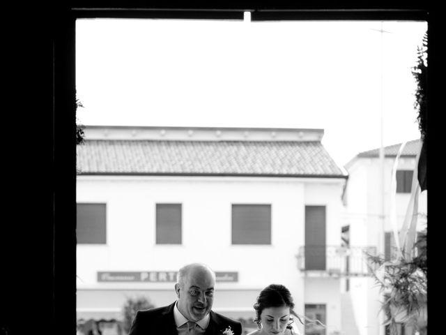 Il matrimonio di Riccardo e Erika a Castel d'Azzano, Verona 14
