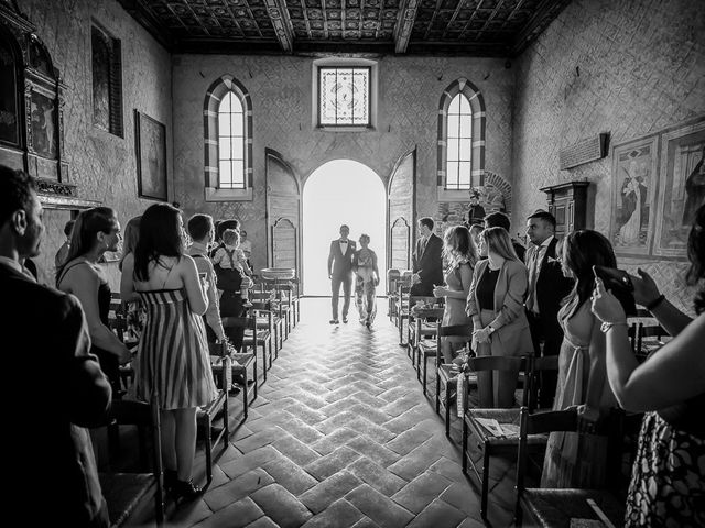 Il matrimonio di Matteo e Alessia a Brunello, Varese 22