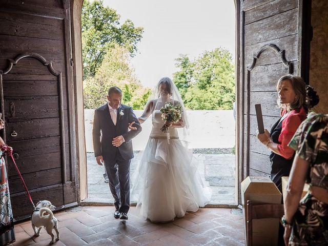 Il matrimonio di Matteo e Alessia a Brunello, Varese 25