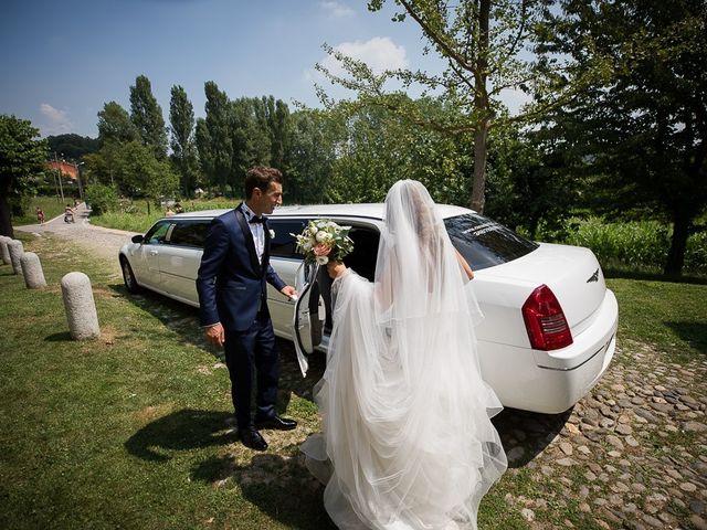 Il matrimonio di Matteo e Alessia a Brunello, Varese 43