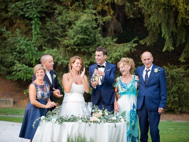 Il matrimonio di Matteo e Alessia a Brunello, Varese 81
