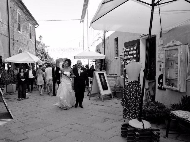 Il matrimonio di Francesco e Lucia a Campiglia Marittima, Livorno 18