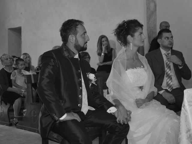 Il matrimonio di Francesco e Lucia a Campiglia Marittima, Livorno 23