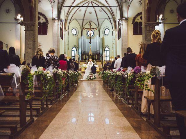 Il matrimonio di Nikolas e Marika a Varedo, Monza e Brianza 23