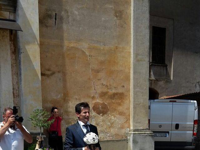 Il matrimonio di Mauro e Monica a Cavaglietto, Novara 3