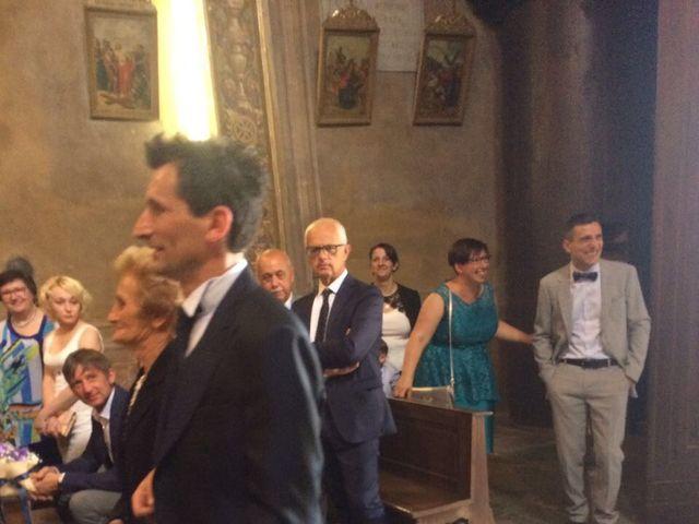 Il matrimonio di Mauro e Monica a Cavaglietto, Novara 24