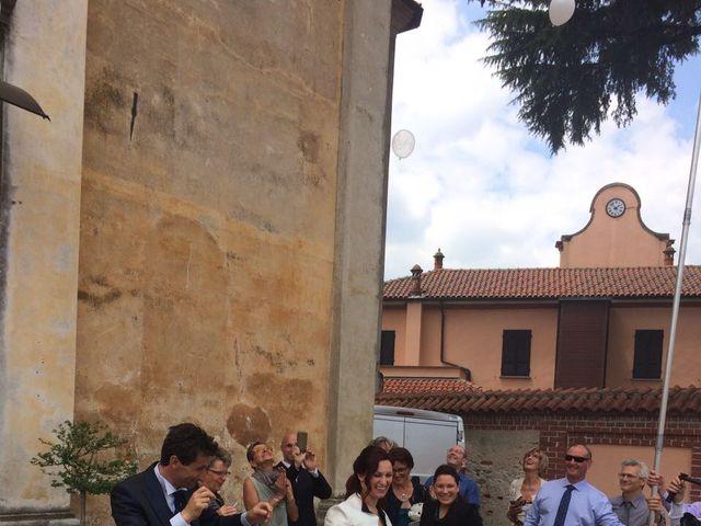 Il matrimonio di Mauro e Monica a Cavaglietto, Novara 34