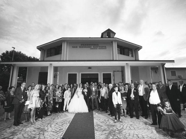 Il matrimonio di Carlo e Chantal a Lamezia Terme, Catanzaro 15