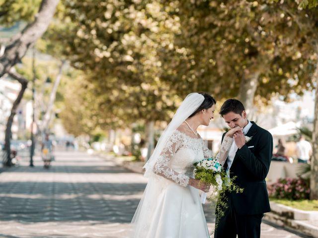 Il matrimonio di Gianluca e Roberta a Pagani, Salerno 33