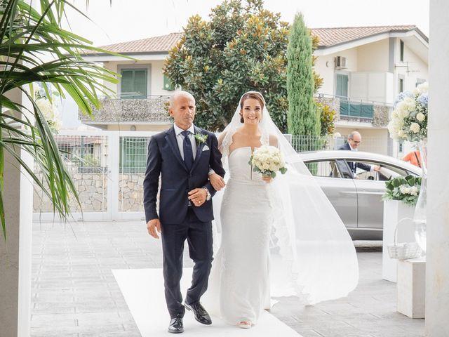 Il matrimonio di Maria e Emilio a Bacoli, Napoli 29