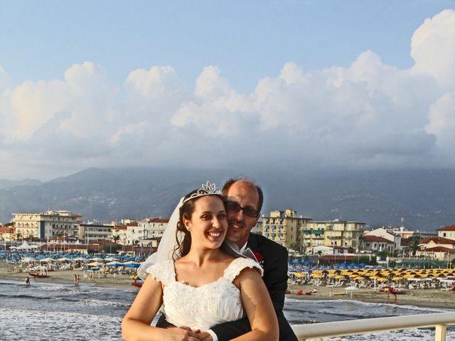 Il matrimonio di Luca e Valentina a Camaiore, Lucca 18