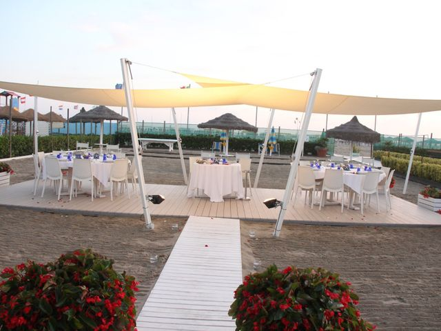 Il matrimonio di Luca e Valentina a Camaiore, Lucca 26